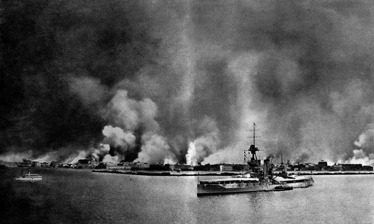 the-burning-of-smyrna-as-seen-from-hms-king-george-v